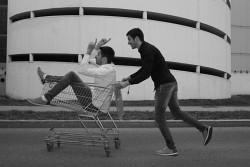 37. Place | Kreativ | Yin Yang (57) | metal