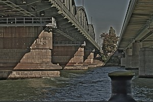 184. Place | Einzel | Monika A. (12) | building bridges