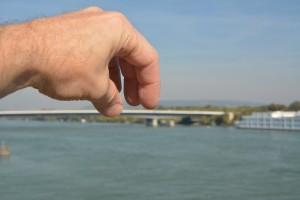 246. Place | Einzel | Franz L. (169) | building bridges