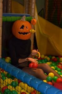 19. Platz | Kreativ | PumpkinHunters (456) | Das Leben ist ein Spiel