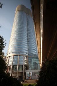 255. Place | Einzel | Sofie K (647) | Millennium architecture