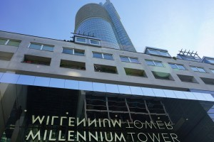 31. Place | Einzel | Manuela K. (930) | Millennium architecture