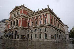 140. Platz | Einzel | Binu Vienna (130) | rund um den Karlsplatz