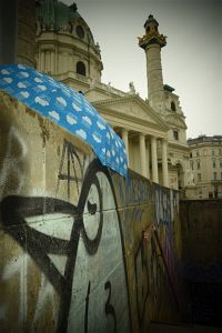 133. Place | Einzel | Astrid M. (211) | around-across Karlsplatz