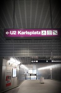 78. Place | Handy | Ksenia A. (647) | around-across Karlsplatz